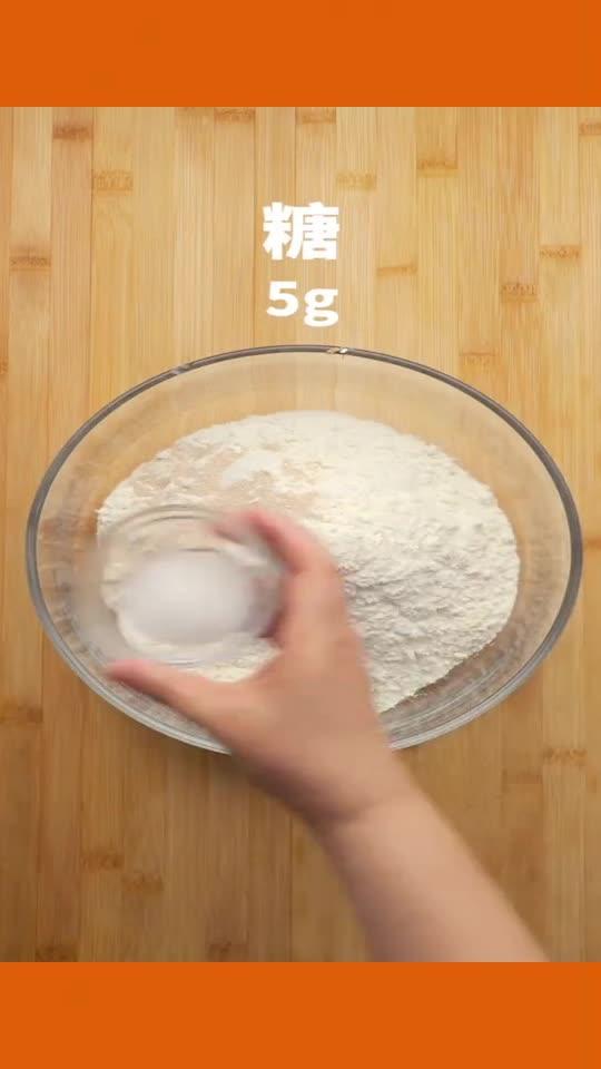 又香又脆的芝麻千层饼,这么做夹个酱真的绝了
