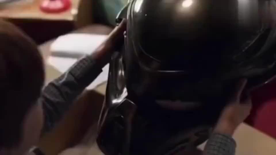 头盔一戴谁都不爱