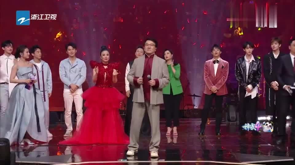 成龙与全体演员演唱《国家》,唱出众人的爱国情怀