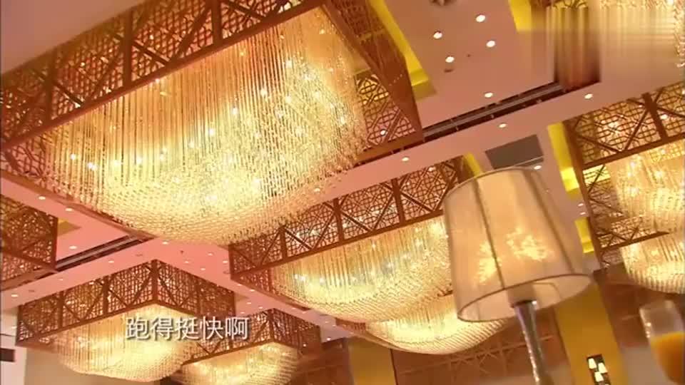 戚薇和徐正曦手拉手跳开场舞,唐嫣:我也需要一个王子!