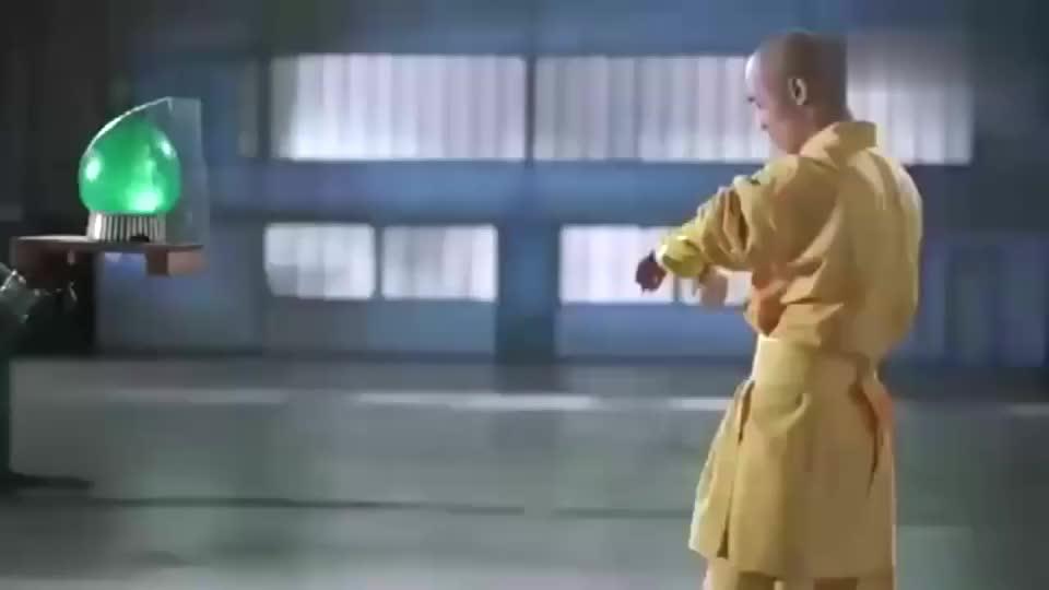 武术:高速摄像头捕捉少林武僧飞针瞬间,绣花针轻松扎破玻璃!