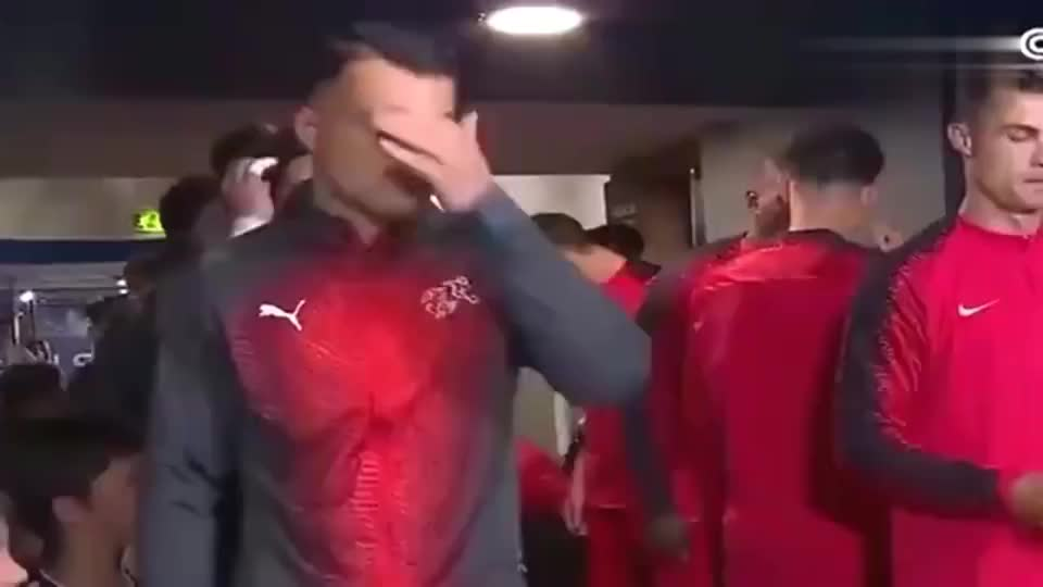 葡萄牙:国家队的C罗太强了,疯狂表演帽子戏法