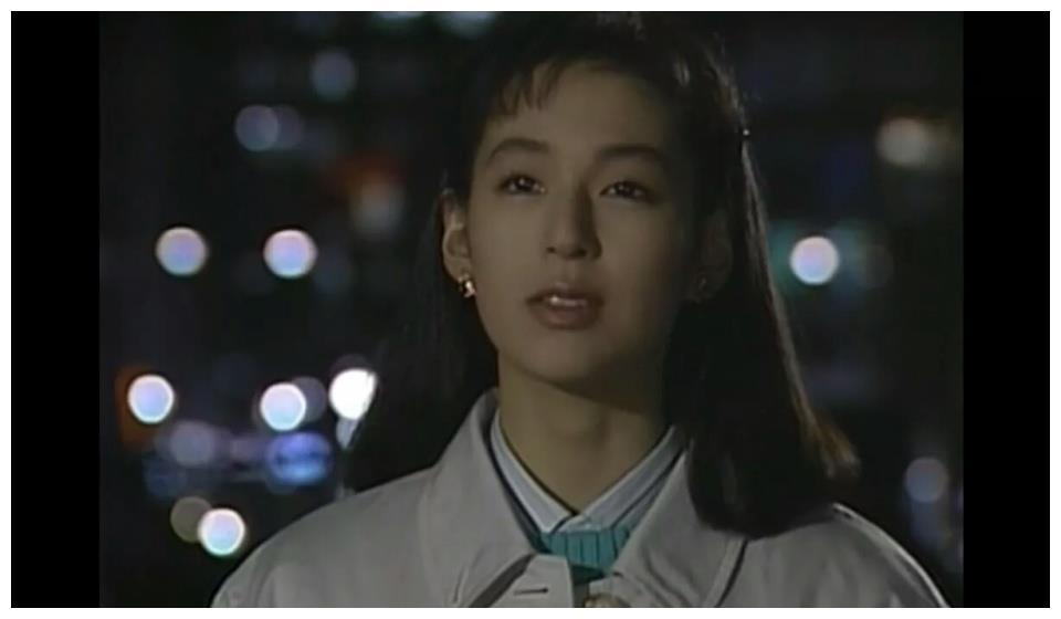 她凭借《东京爱情故事》迷倒全亚洲,却在复出后人气断崖式下降