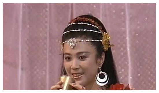 """6个""""苏妲己""""对比照: 范冰冰全靠化妆, 而她是真正的媚到骨子"""
