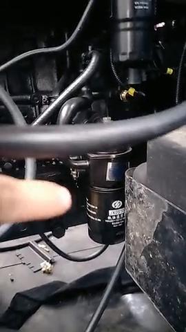 发动机外置的机油散热器!