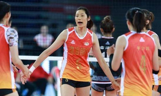 天津女排夺冠大局已定,3-0横扫北京女排,王宝泉执教再度被认可
