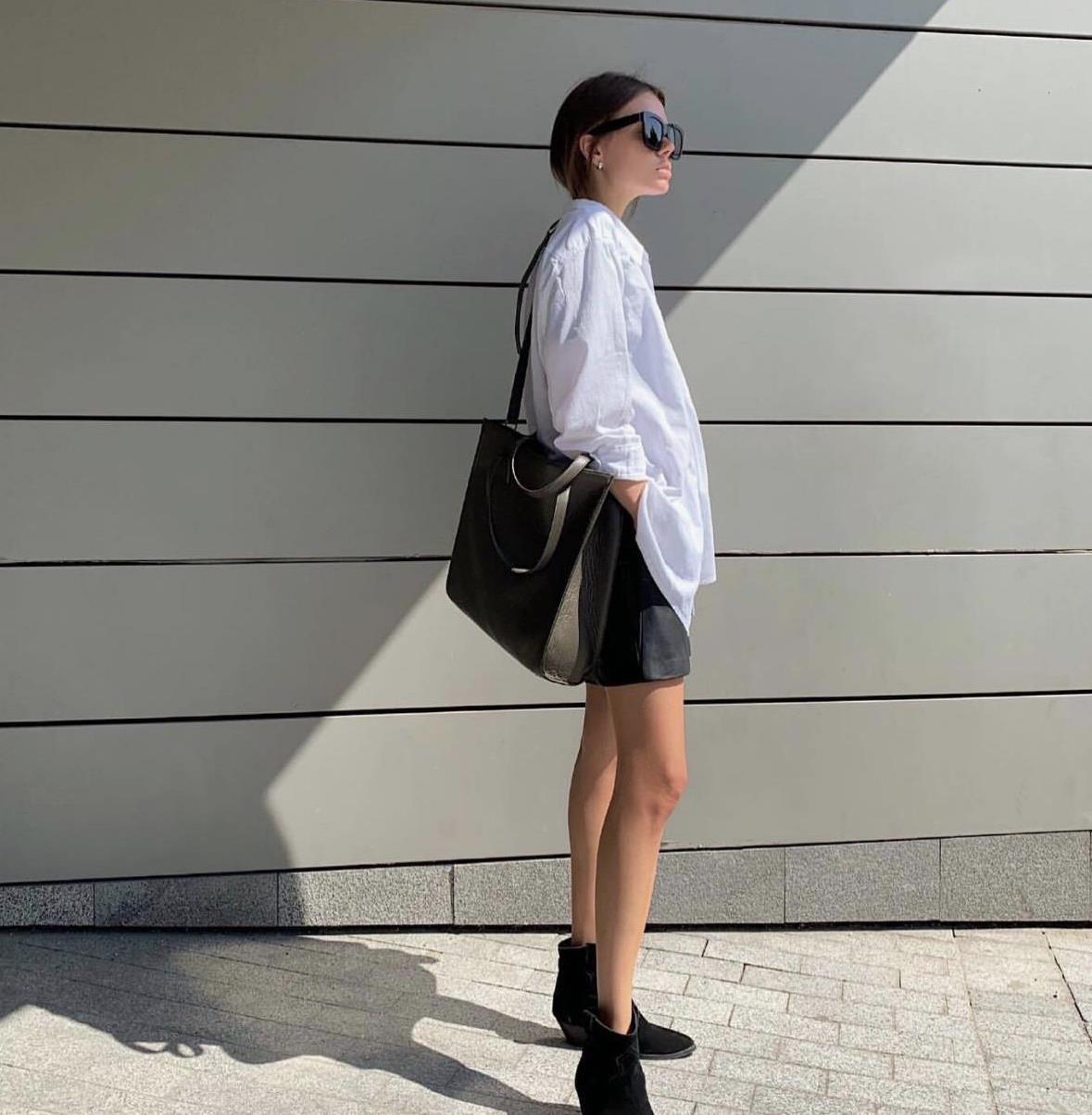 黑白色搭配的服装,是一道闪耀风景线,不同风格穿搭示范
