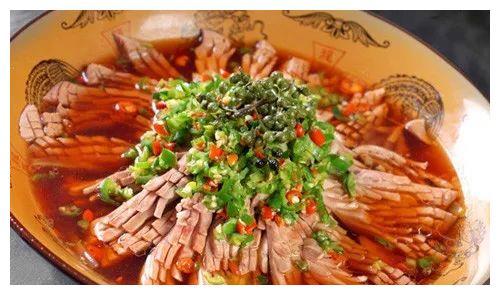 精选美食:外婆芋儿蘑菇汤、满天星、蒜蓉粉丝蒸龙利鱼、鲜椒腰花