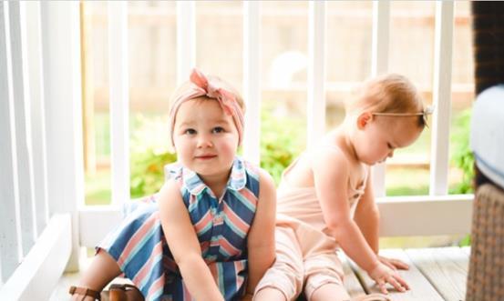 1岁的宝宝哪些能力要达标,如果没有达标,你的孩子就发育迟缓了