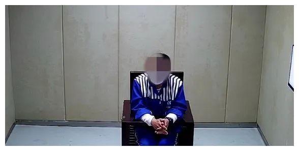 江苏省苏州市吴中区一男租客被警方带走,其真实身份令人脊背发凉