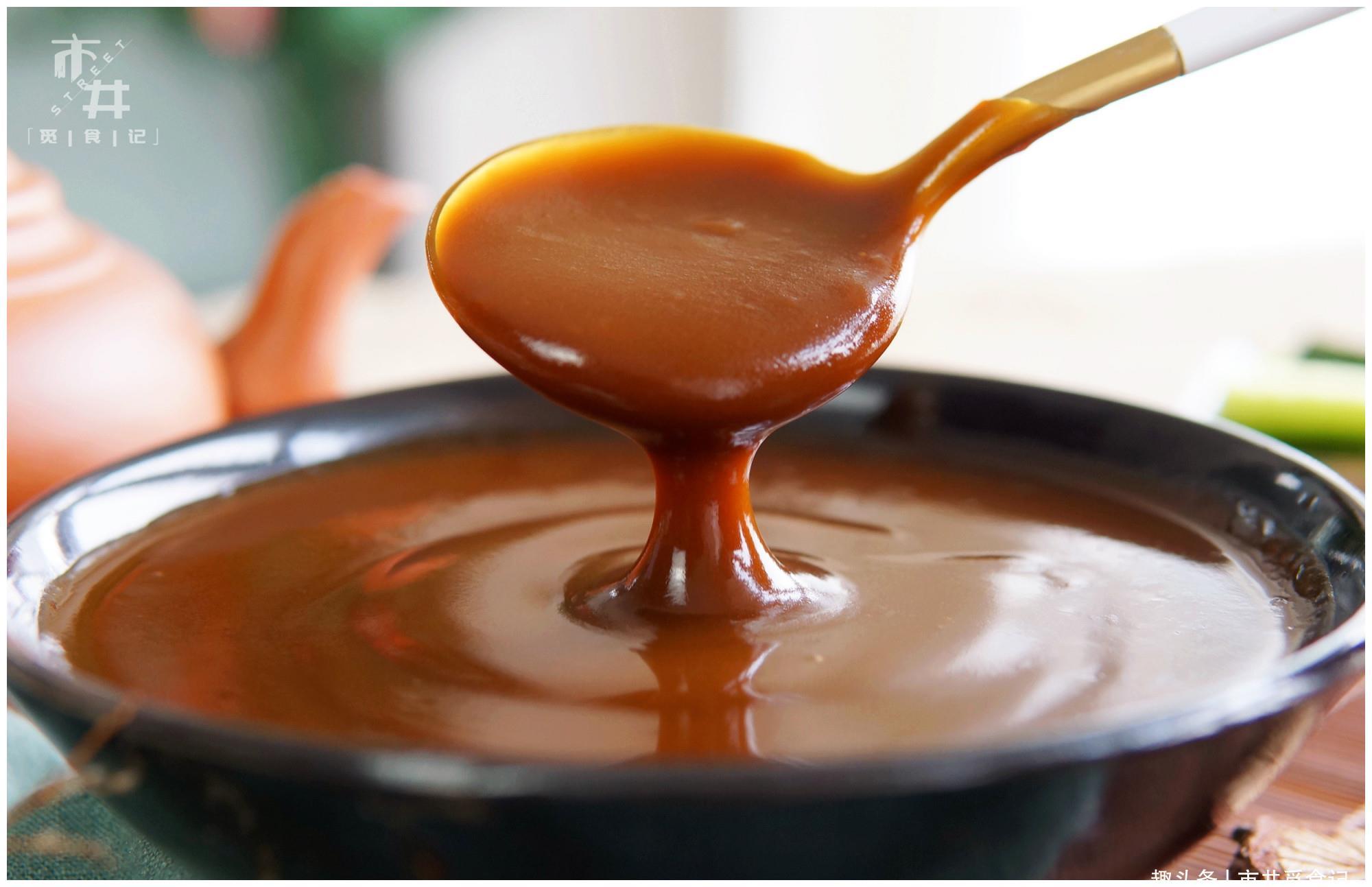 黄豆酱番茄酱靠边站,这酱2块钱做一碗,吃烤鸭离不开,蘸啥都香
