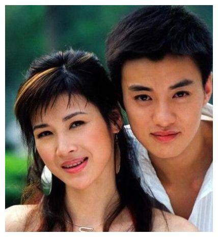周一围宠了她五年,最后却娶了二婚的朱丹,网友:终究敌不过现实
