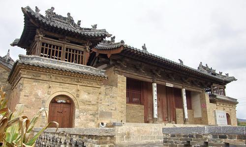 疏密有序,高低错落有致,建筑形制多样,山西盂县坡头泰山庙