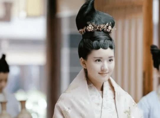 赵露思最美的5个古装洛菲菲垫底,陈芊芊只能排第2,第1是她