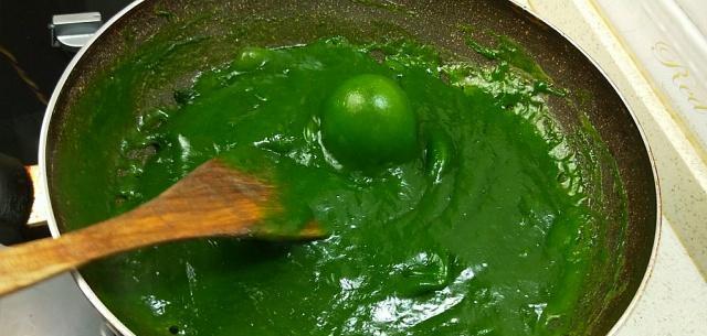 """""""红薯淀粉""""不要只勾芡了,试试这个新鲜的做法,上桌就扫光了"""