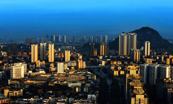 安徽最让人意外的城市,GDP只有818亿,名气却比合肥还大