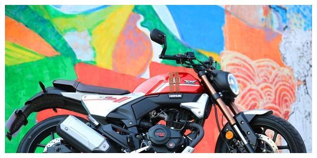 力帆150复古摩托车,高颜值外观很运动,前后盘刹,或不到1万元