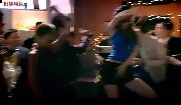 胡一菲这段热舞真是party的巅峰啊,燃爆全场啊!真是。