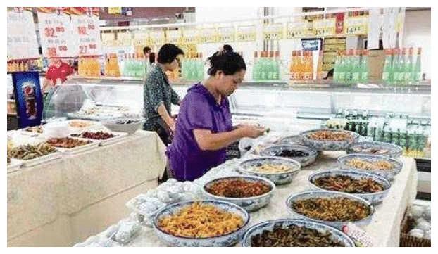 超市离职员工揭发黑幕:这4种食物经常做手脚,自己人从来不买!