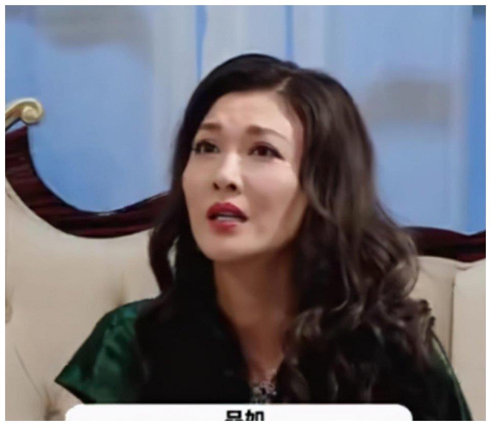 """""""艾莉""""李彩桦:为父还债出道,因拒绝潜规则被雪藏,如今怎样了"""
