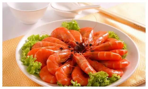 美食推荐:花雕酒醉虾,苜蓿做饺子,小河虾炒黄瓜,干锅蒜香鲳鱼