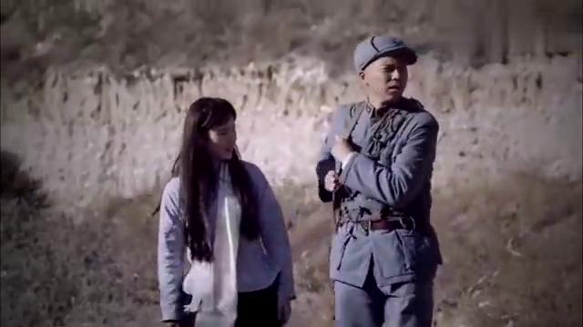 铁在烧葛十三护送美女出逃,没想到给革命军背后放了冷枪