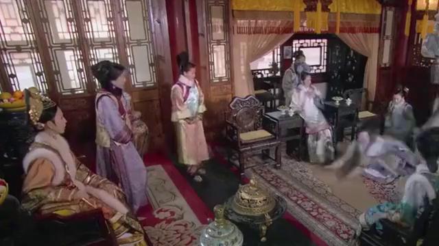 甄嬛传:这场戏为了表现华妃的愚蠢,可蒋欣却演出了猛虎般的气势
