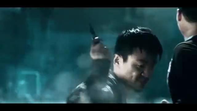 一个人的武林:王宝强一把美工刀,解决樊少皇,瘸脚潇洒离去