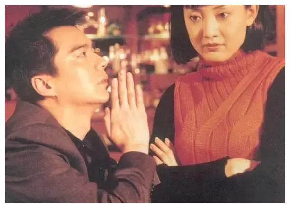 """""""滥情""""的许亚军:四任妻子都是演员,一个比一个漂亮让人羡慕"""