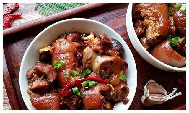 秋天,这肉要多吃,比排骨便宜,比牛羊肉温和,炖一锅滋补又馋人