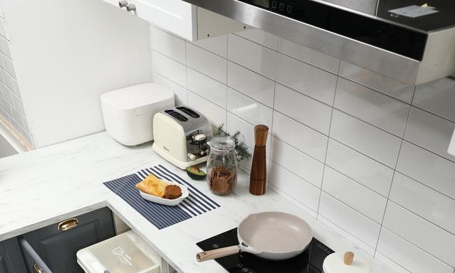 你家厨房台面乱糟糟,很可能收纳没做好,试试这3种拉篮超好用