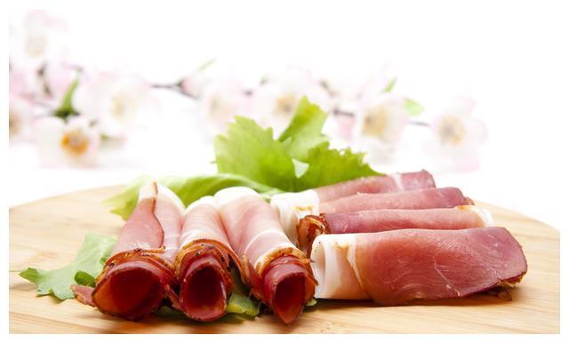 云南菜家常菜,芦笋鲜虾培根卷,听着复杂做法一点都不难