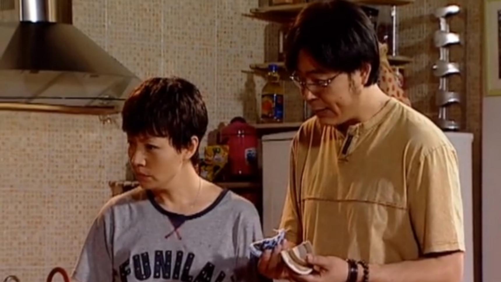 家有儿女:刘梅和夏东海正在审问是谁弄碎的坛子盖子,救星来了