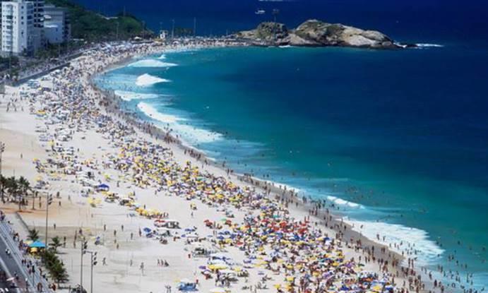 巴西贫穷沙雕艺术家,家徒四壁吃不上肉,可他曾经是一个国王