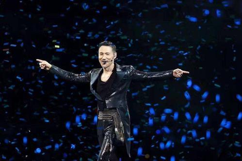张学友、薛之谦的演唱会上有一个位置永远不卖,原因太遗憾