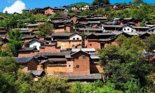大理诺邓古镇,曾是茶马古道上的重要站点,是商贾云集的贸易地点