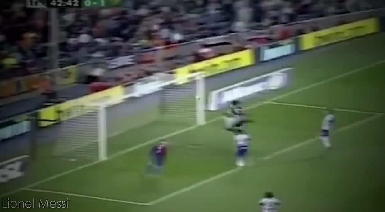 都想复制马拉多纳的上帝之手吗,足球史上的十大手球进球时刻