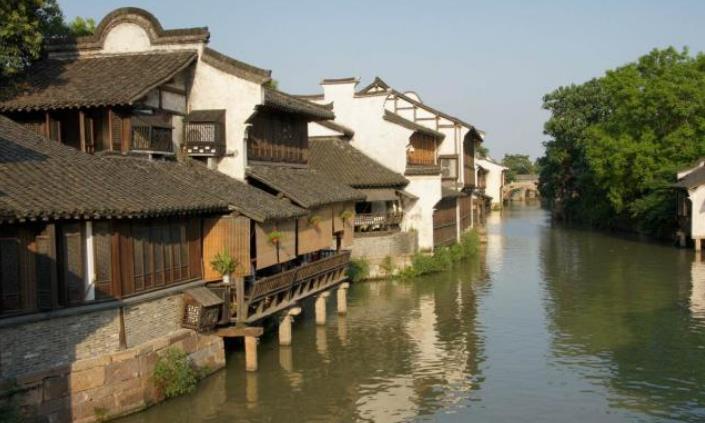 去浙江不能再去乌镇了,都走烂了,这三个古镇才是真正的江南水乡