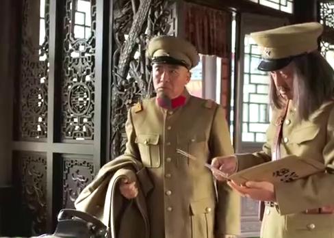 少帅:汤玉麟拿着批文兴师问罪,谁料张作霖:这是我儿子写的!