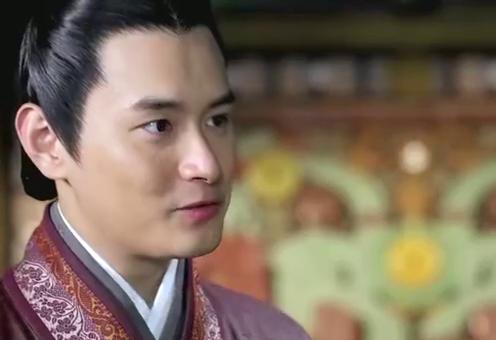 刘秀求见丽华,受到对方家人阻拦,转身被告知丽华要嫁给自己兄弟