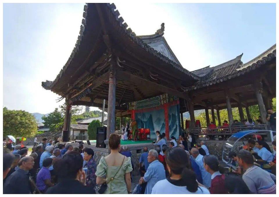 楠溪江旅游再添靓丽的风景线! 楠戏琴山周末又见!