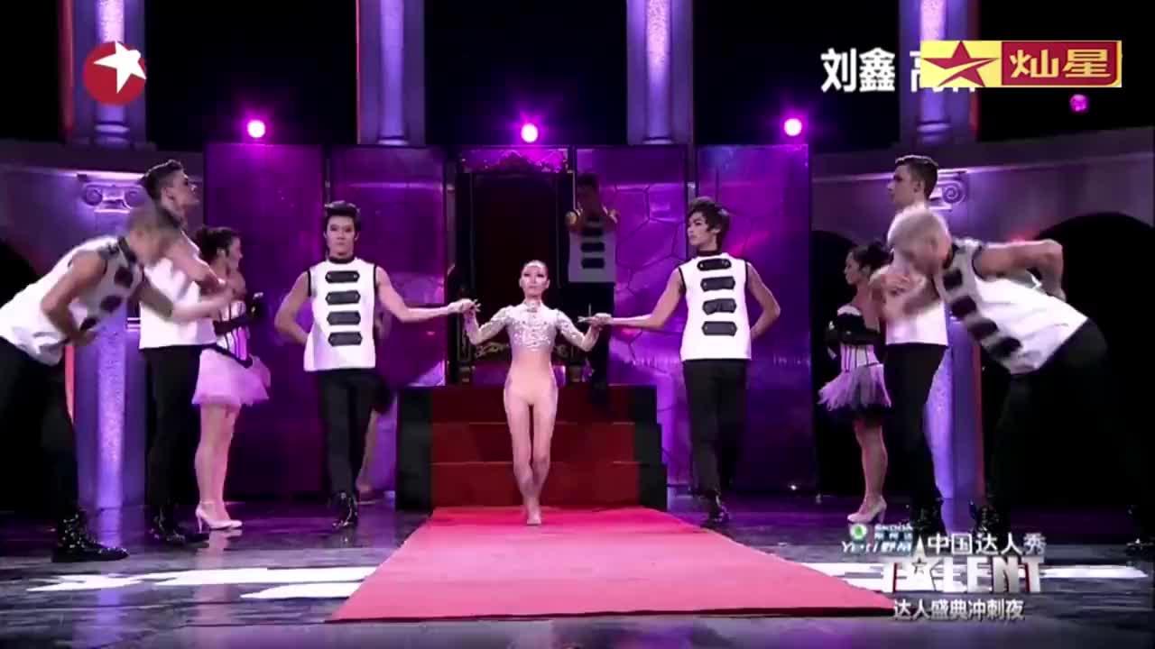 中国达人秀:小情侣达人秀冲刺夜,表演精彩舞蹈,王伟忠称太好了