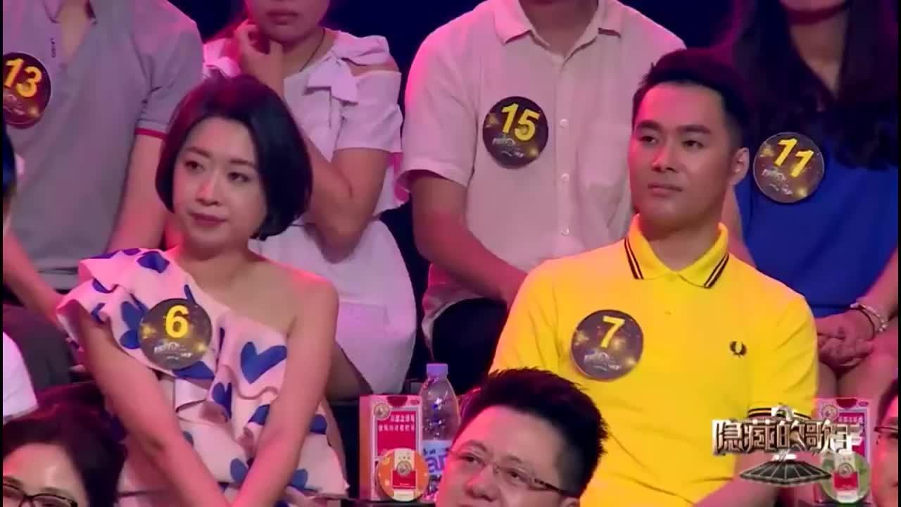 隐藏歌手:2号模仿者被淘汰,吕方与其仅差4票,太悬了吧!