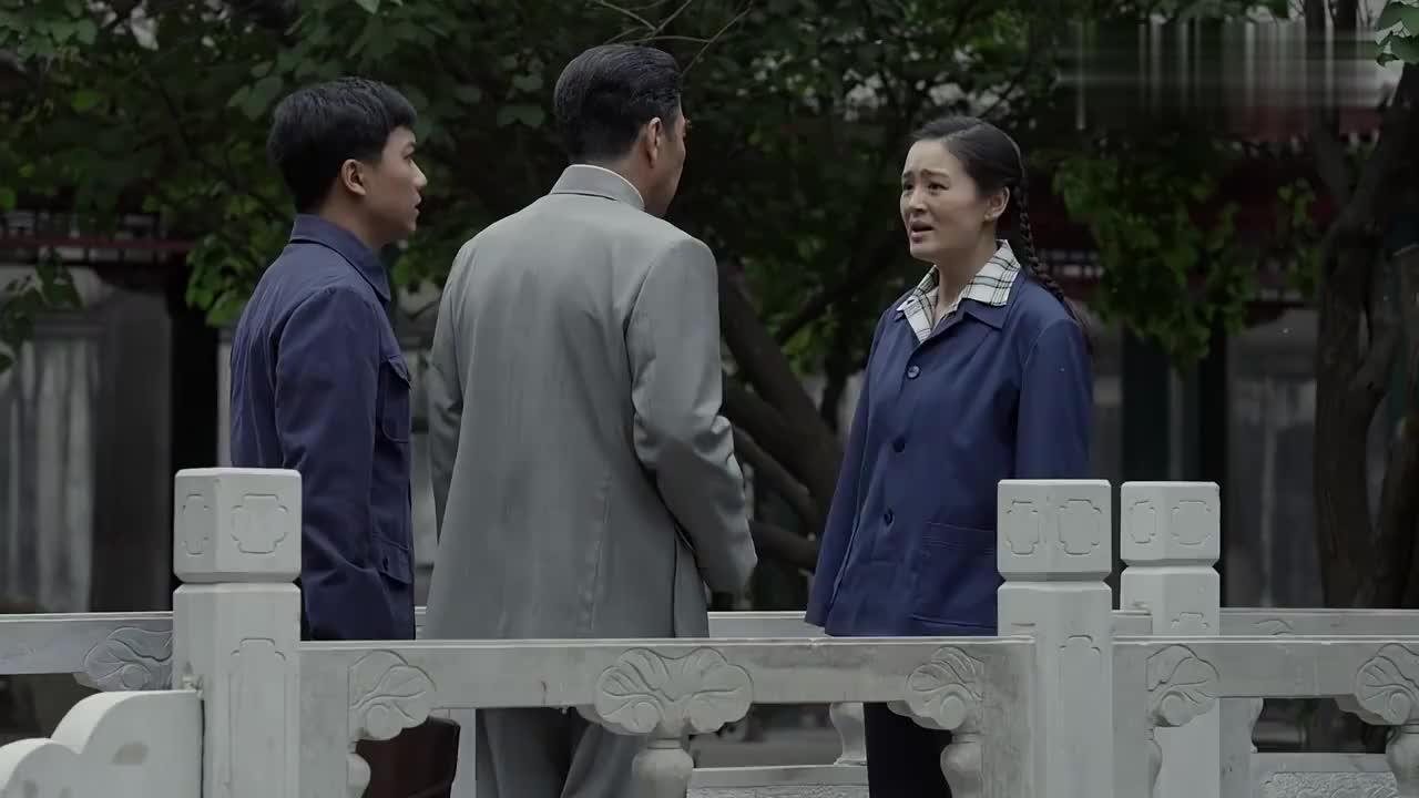 海棠依旧:总理对弟弟太苛刻,弟弟胃溃疡住院,他却这样做!