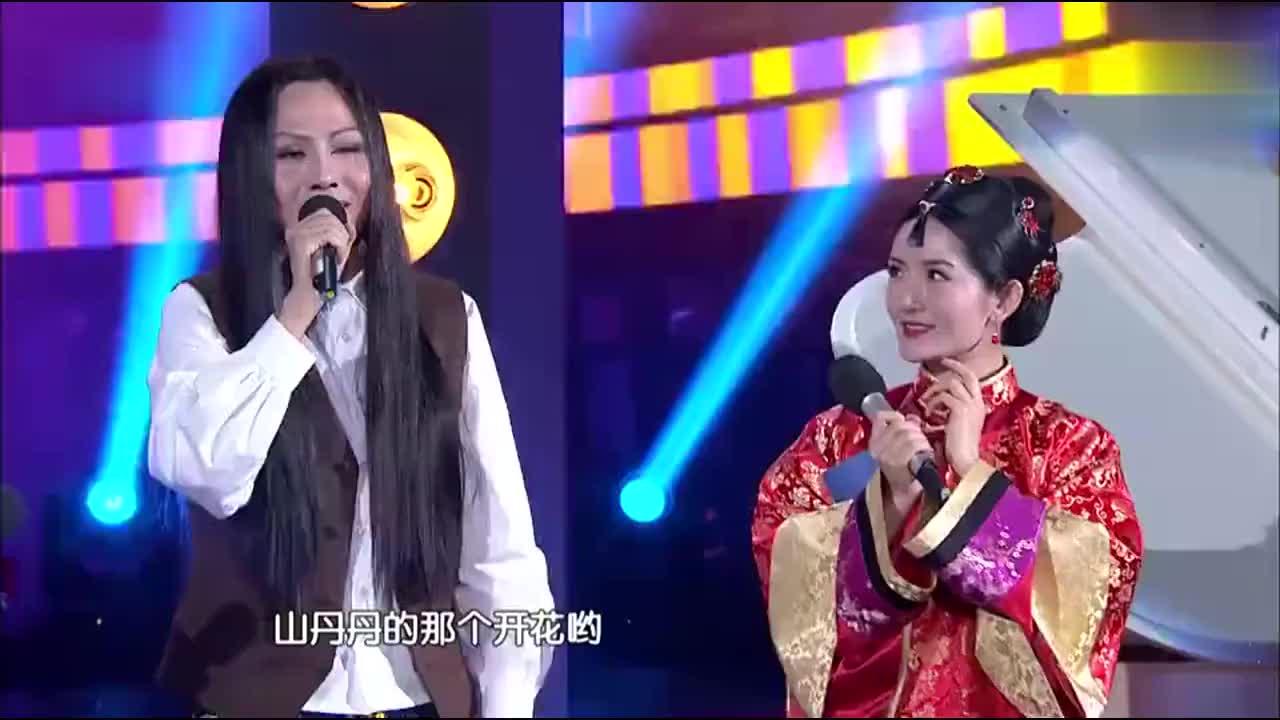 石头现场模仿多位歌手唱歌,太好听了连王祖蓝都看呆了自叹不如!