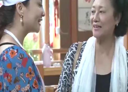 婆婆过六十岁大寿,儿媳亲自抄刀,婆婆:珍珠翡翠白玉汤!