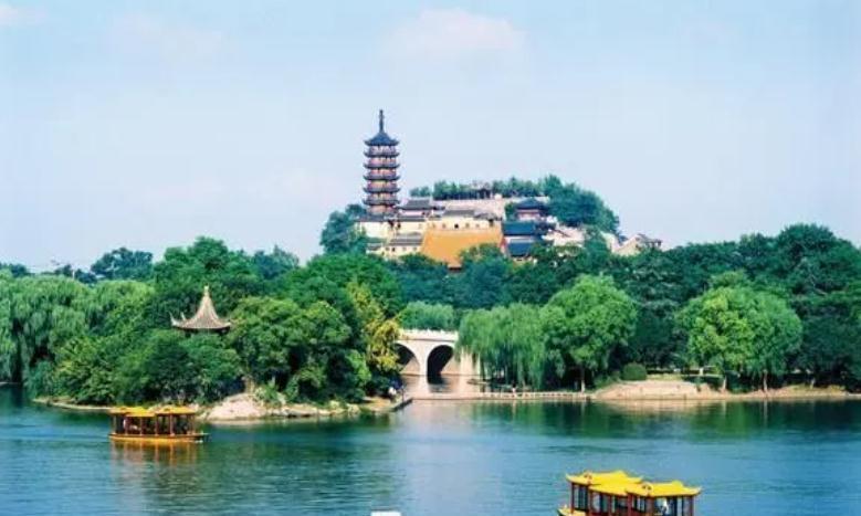 """江苏最""""不应该分家""""的城市,本应发展媲美苏州,如今却沦为二线"""