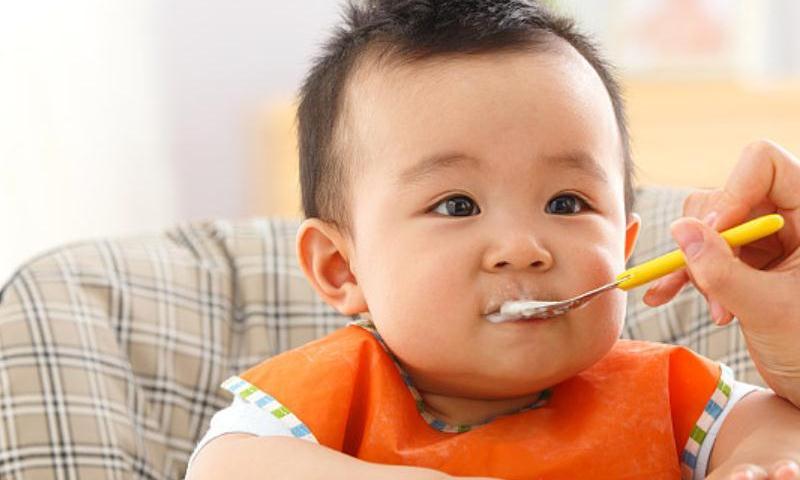 宝宝记忆力如何提高,除了先天因素外,辅食应多添加水果