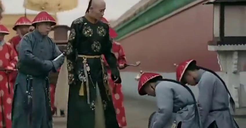 皇上策马奔腾寻母,庆贵人半路拦截,皇上误会太后了