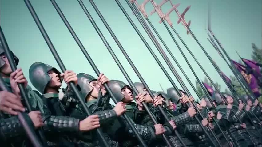 武神赵子龙:马超城外叫嚣张飞,张飞暴怒,最终连战三日难分胜负